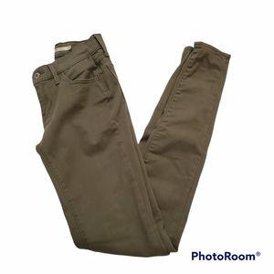 Levi's moss green 711 super skinny jeans size 25